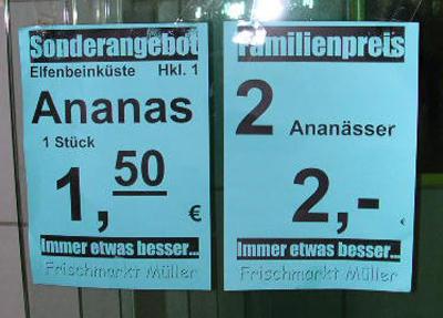 """Ein Schild bewirbt """"Ananässer""""."""