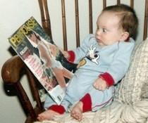 Baby liest Pentouse
