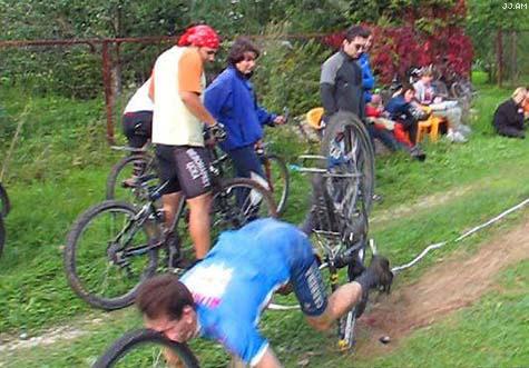 Ein fieser Fahrradunfall.