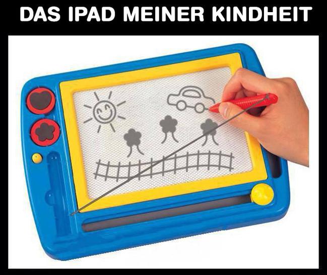 """Über dem Foto eine Zaubertafel zum Malen für Kinder steht: """"Das iPad meiner Kindheit""""."""