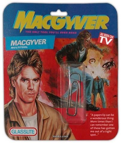 Ein MacGyver-Multitool bestehend aus einer Büroklammer!