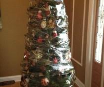 Verpackter Weihnachtsbaum