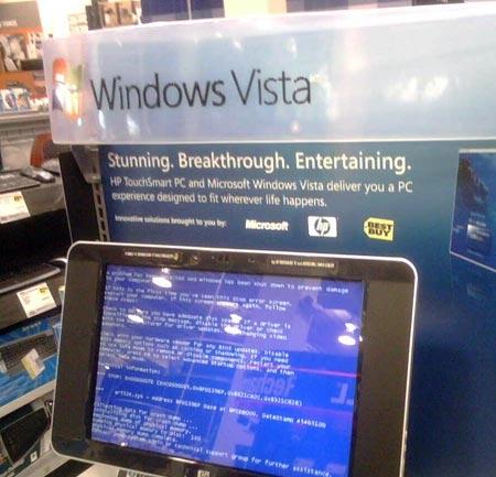 Ein Vista-PC ist bei einer Präsentation des Betriebssystems durch einen Bluescreen außer Kraft gesetzt.