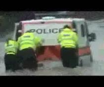 Nasse Polizei